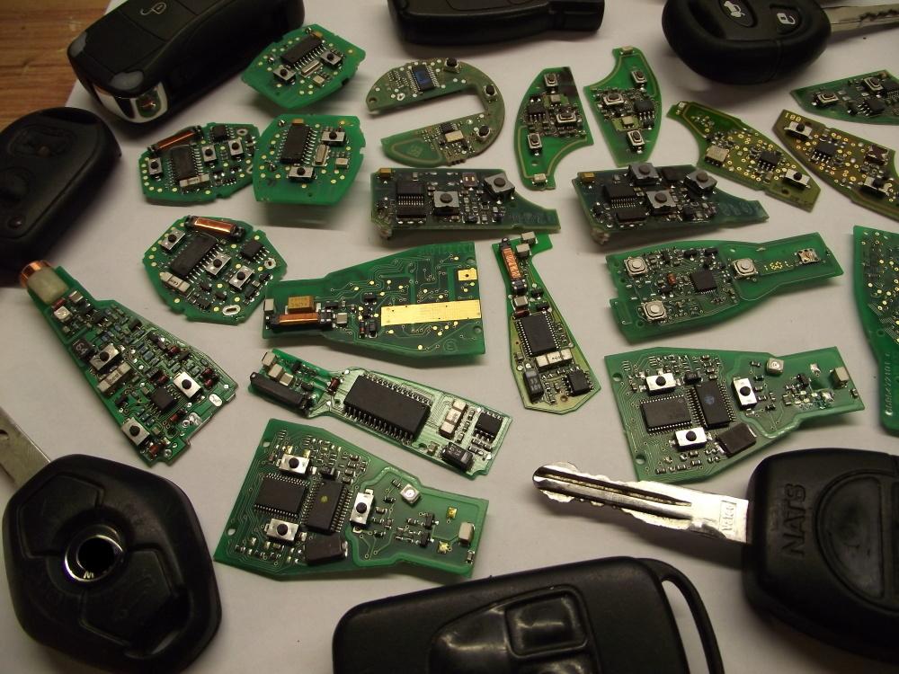 Make Vehicle Ignition Keys