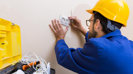 Professional Electrical Companies Hollywood FL