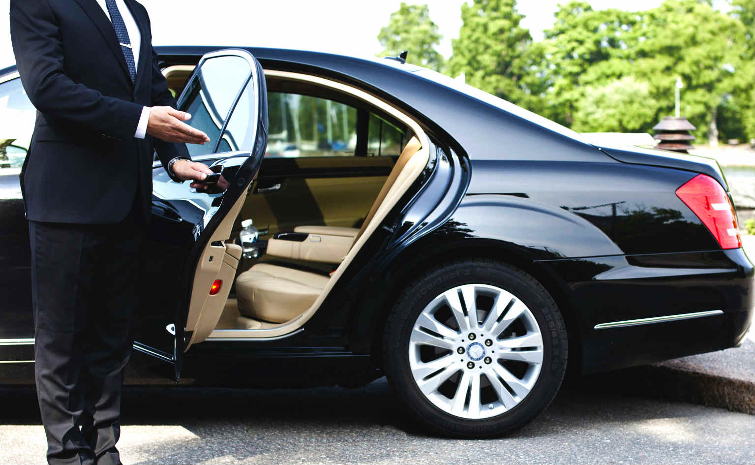 Great VIP Limo Hobby Airport TX
